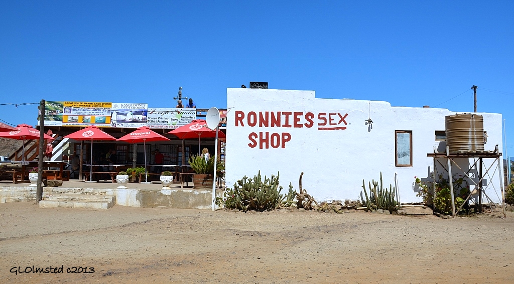 Ronnies Sex Shop Photo-Sexe Photo-6249